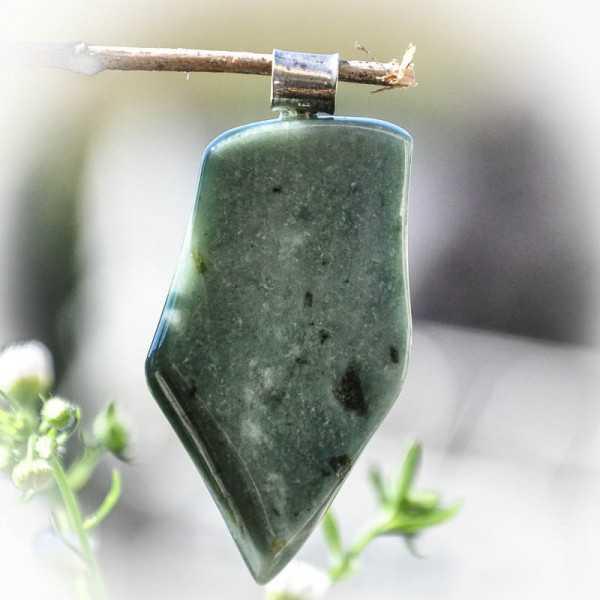 Jade Anhänger aus Finnland mit Silber